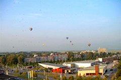 01d_Balonnen_boven_Leeuwarden.jpg